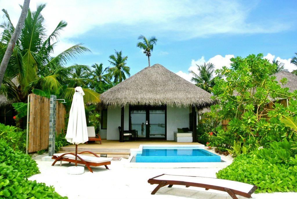 maldives-262523_1280.jpg